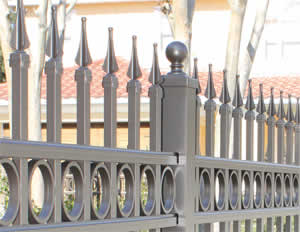 Custom FencesCustom Fences